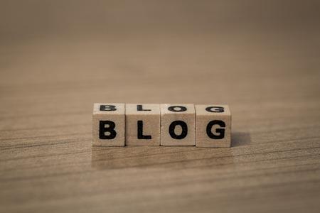 アフィリエイトの始め方 -無料ブログか独自ドメインでの運営か-